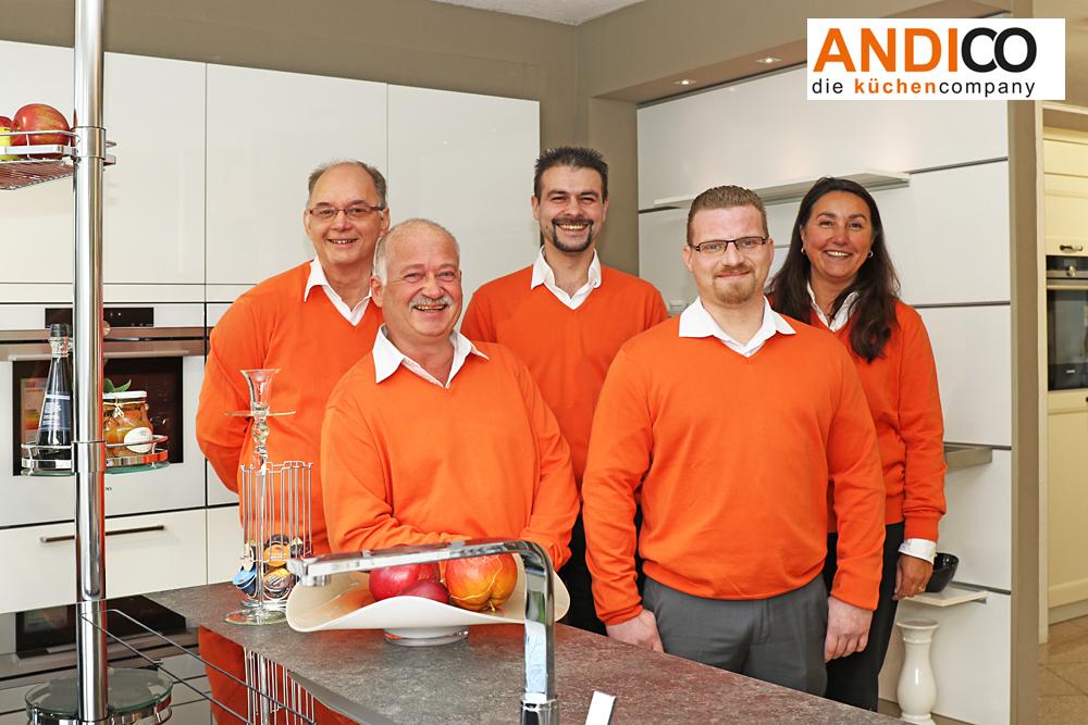 ANDICO die küchencompany - Mitarbeiter Teamfoto